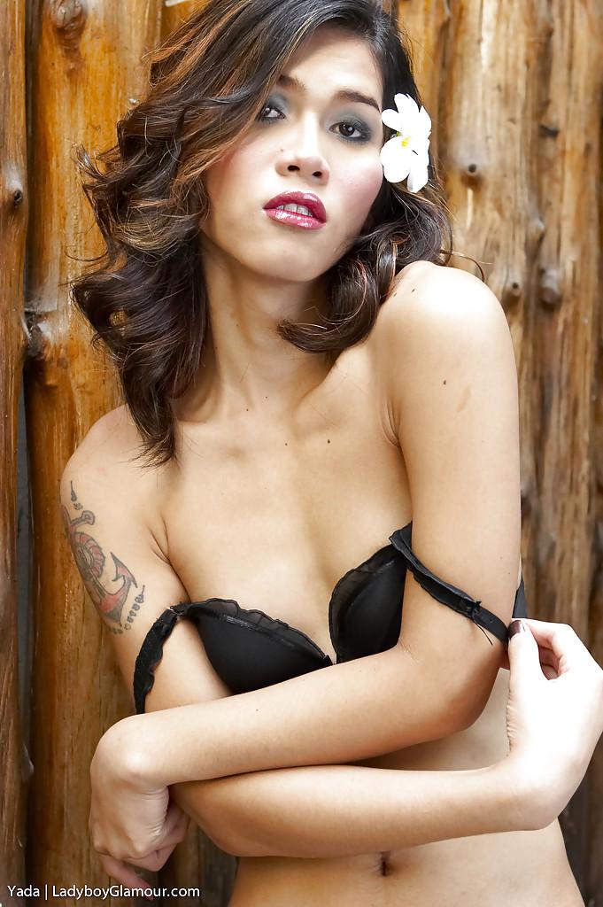 Beautiful Asian T-Girl Yada Using Big Vibrator To Dildo Hungry Ass-Hole