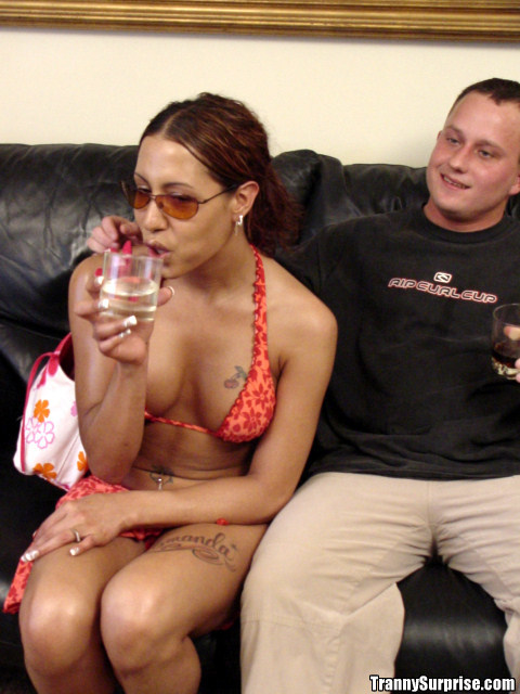 Beautiful Latina T-Girl Amanda Having Her Shecock Sucked Off By A Dude