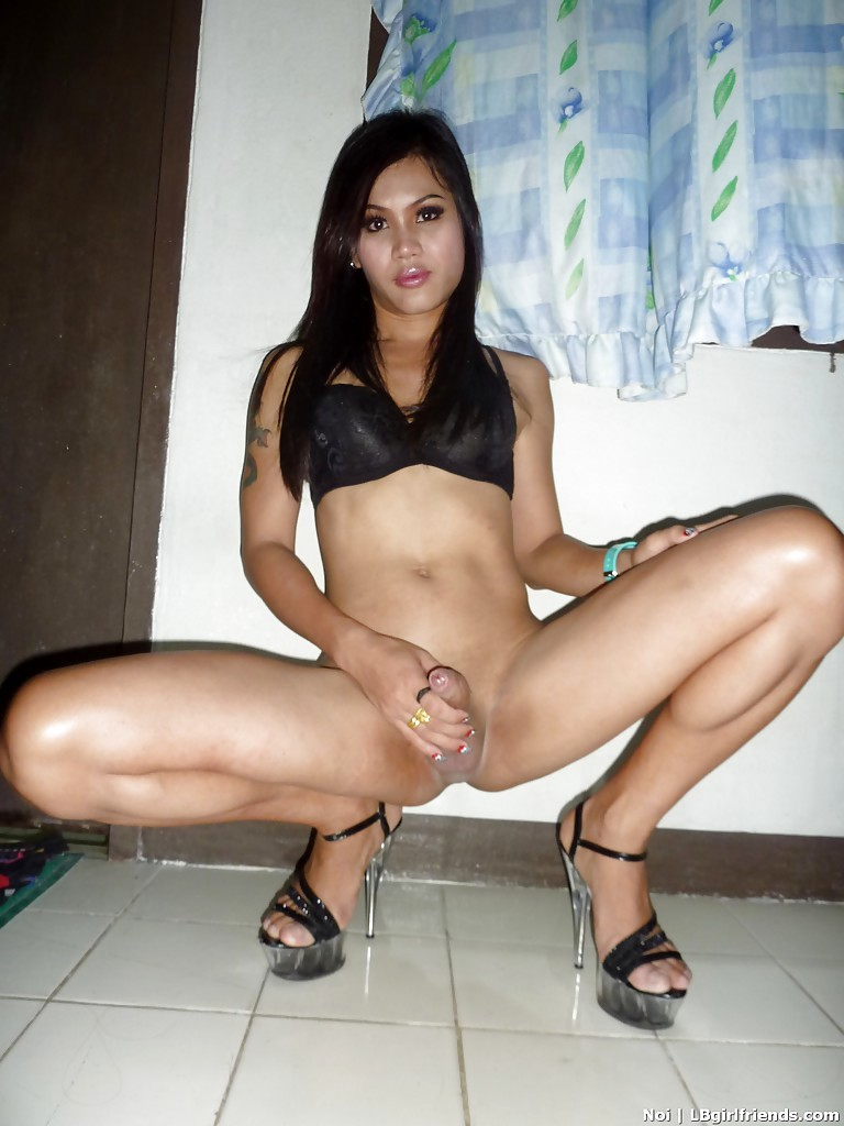 Beautiful Thai Tranny Noi Stripping In High Heels And Spreading Her Bum