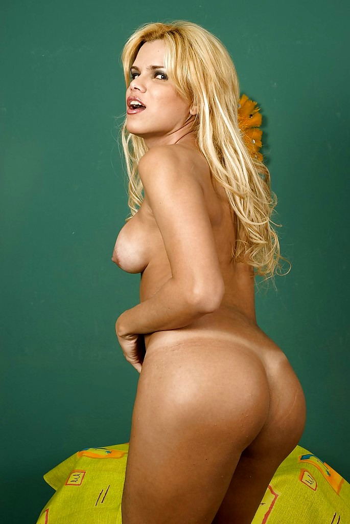 Blonde Brazilian Femboy Hilda Brasil Strips Naked And Plays With Shecock