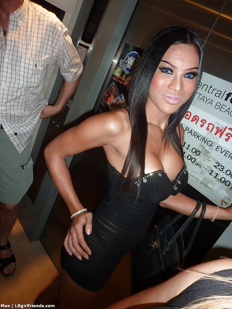 Busty Asian Ladyboy Mon Has A Enormous Set Of Transsexual Boobs