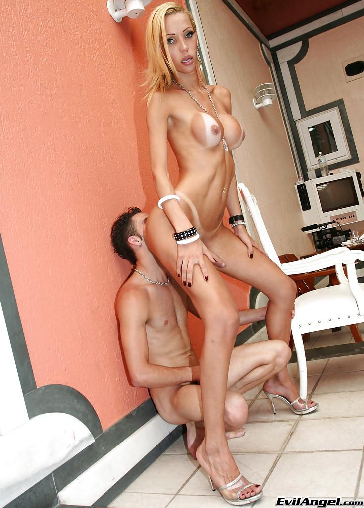 Busty TGirl Renata Davila Has Huge Raw Cock While Giving Blowjob