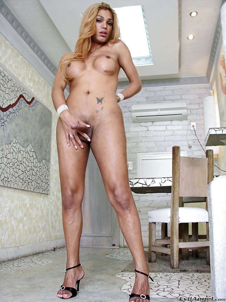 Buxom Blonde Latina Shemale Mariana Phoenix Jacking Off In High Heels
