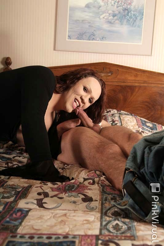 Chubby Latina Transexual Danyella Rodriguez Tops A Guy Takes Cumshot On Tits