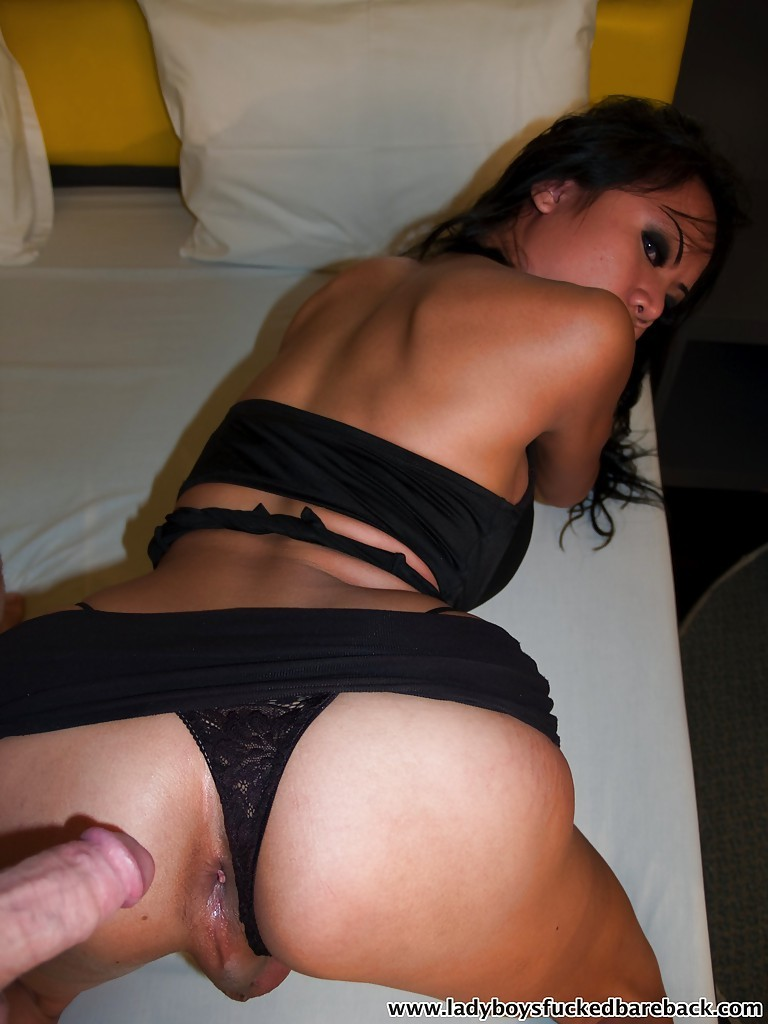 Cute Asian Femboy Tata Toying Her Ass-Hole And Eating Dick A Dick