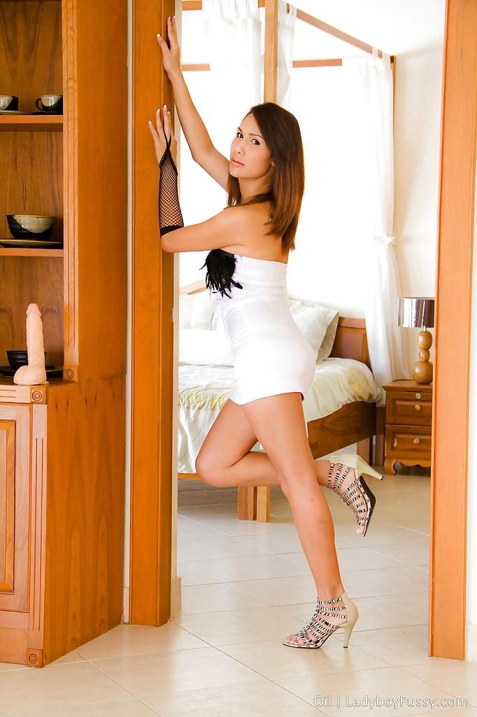 Cute Thai Femboy Oil Spreads Legs Wide To Reveal Pretty TGirl Twat