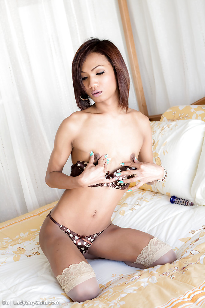 Gorgeous Thai Femboy Bo Fingering Shaved Ass-Hole And Wanking Hung Tool