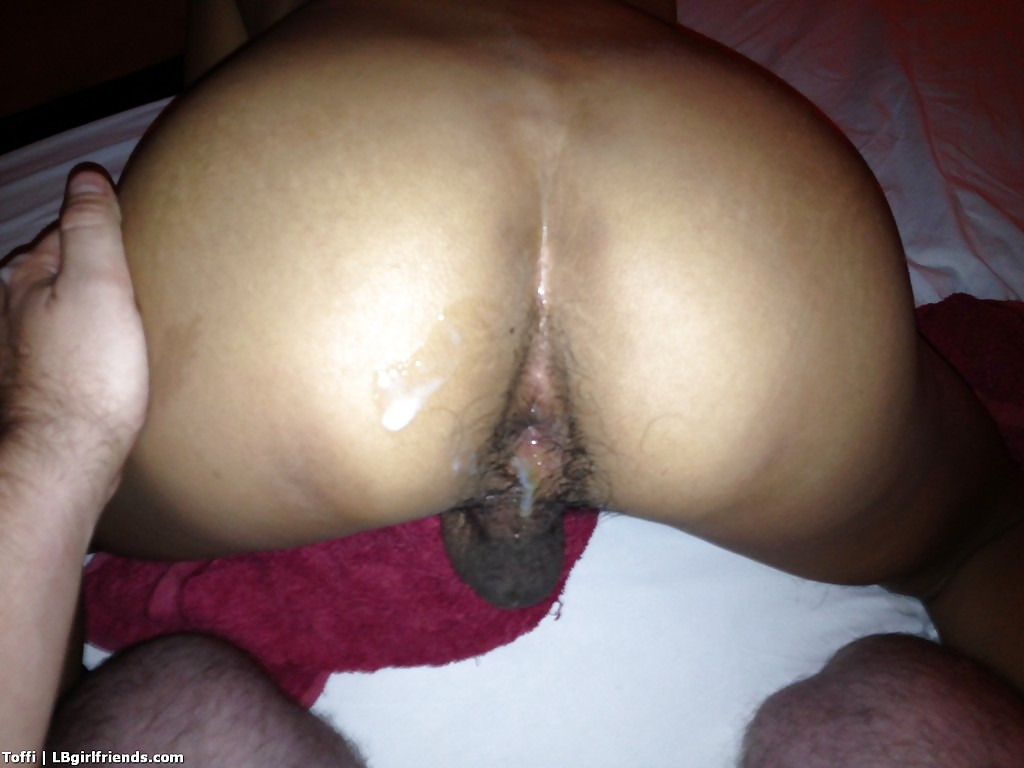 Hung Thai Transexual Toffi Takes A Huge Creampie On Butt