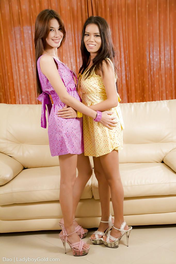 Kinky Thai T-Girl Deo Kissing Her Transsexual Lesbian Friend On Lips