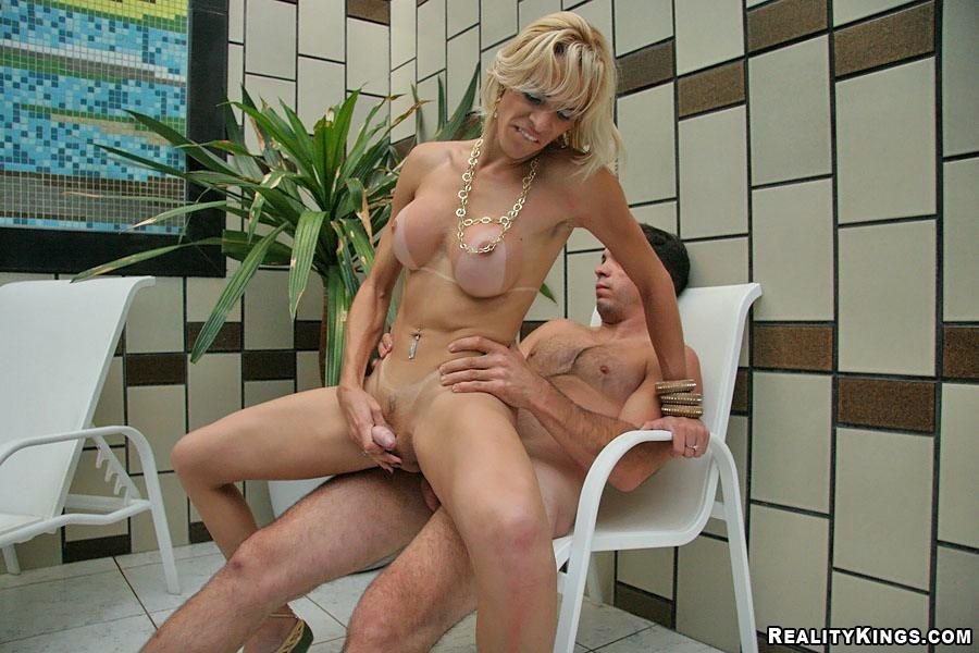 Mature Blonde Shemale Duda Exposing Her Massive Breasts And Banging Hardcore