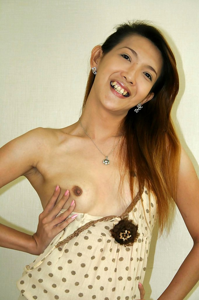 Petite Breasts Thai T-Girl Nat Taking Off Her Clothes Before Raw Anal