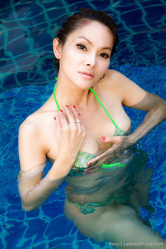 Post Op Thai TGirl Rucy Strips Off Bikini And Masturbates In Pool