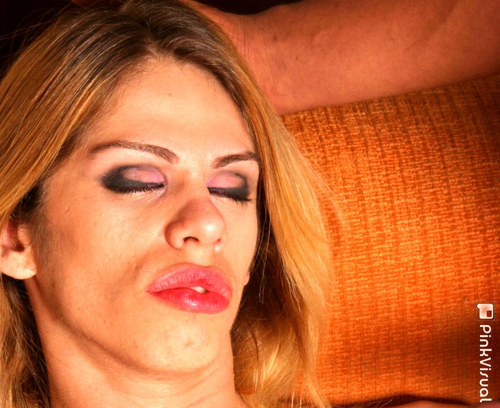 Provoking Latina TGirl Bia Bastos Taking Huge Black Cock In Mouth And Anus