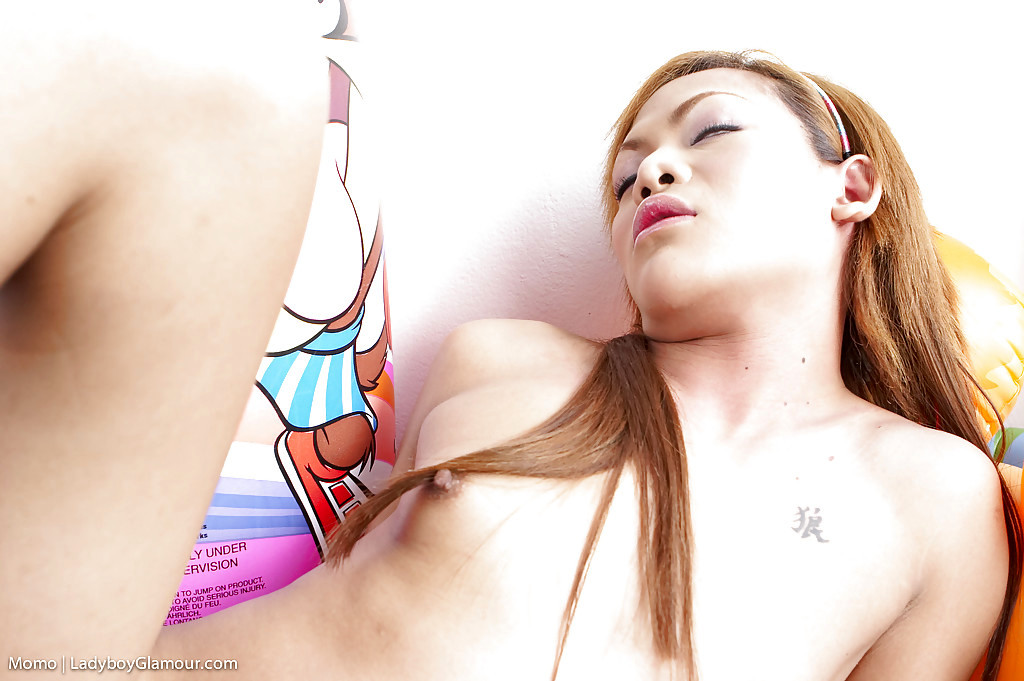 Redhead Thai Ladyboy Momo Wanking Off Her Large Uncut Shecock