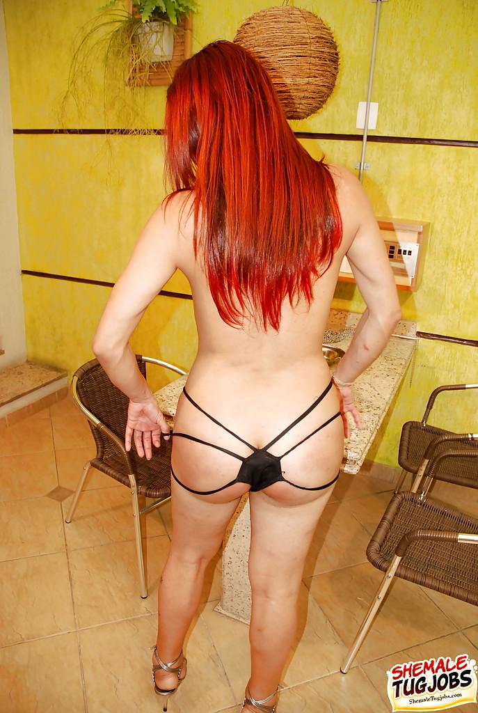Redheaded Solo T-Girl Sachenka Levschenko Jerking Shaved Shecock
