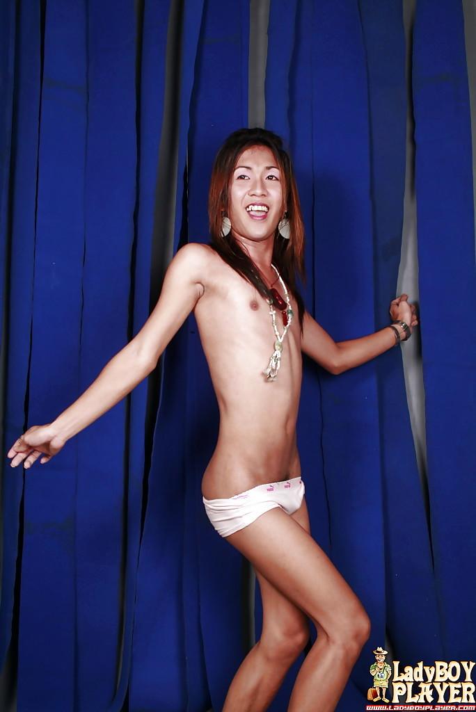 Slender Thai Tranny China Removes Glasses Before Wanking Hairy Tool