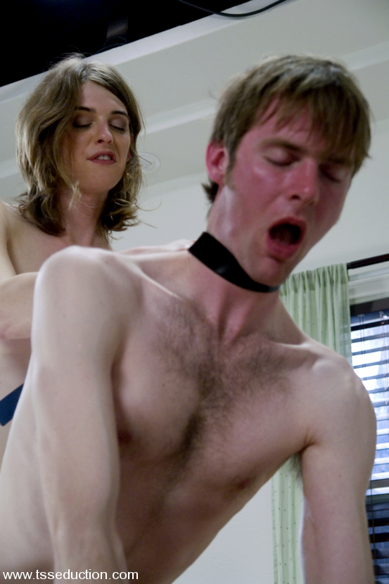 Slim Brunette Tranny Mandy Mitchell Asshole Nailing Her Patient