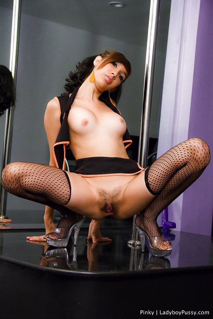 Slim Thai Femboy Pinky Dancing On A Pole And Showing Her Tight Pussy