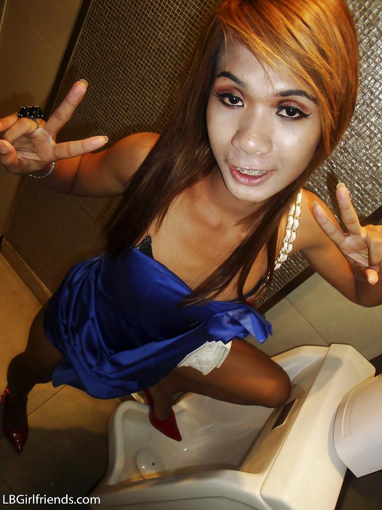 Slim Thai Shemale Nano Taking Self Shots Of Tinie Breasts And Hairy Tool