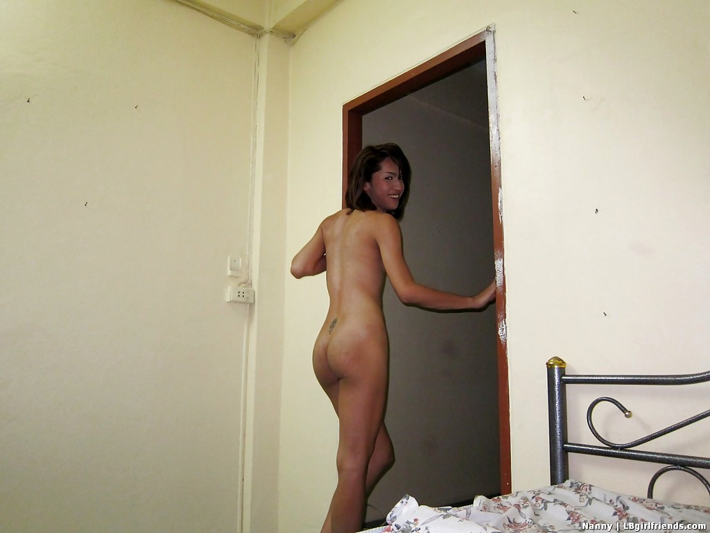 Slim Transexual With Flat Chest Having Dirty Bum Fingered Before Nailing