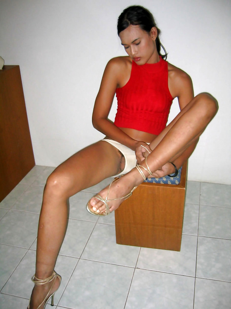 Solo Thai Tranny Pinky Sliding Panties And Jeans Over Phat Asshole