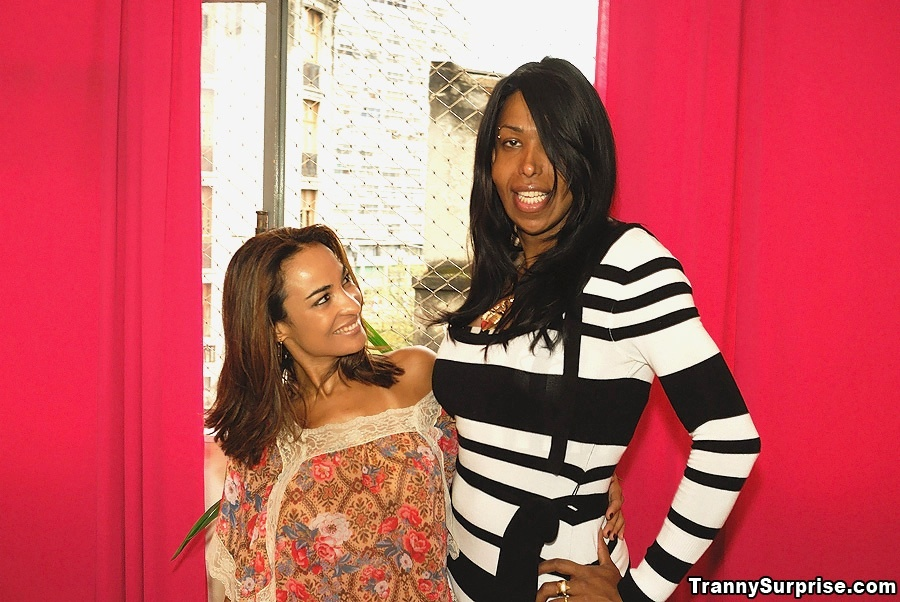 Tall Ebony TGirl Suzanna Holmes Masturbating Off Her Enormous Black Penis