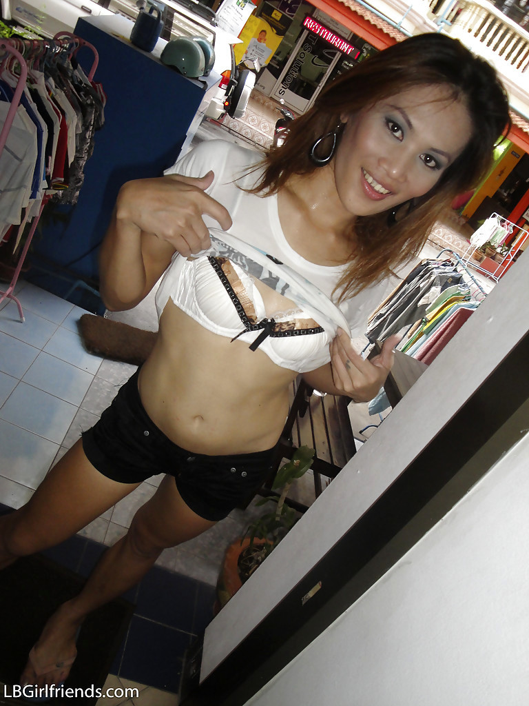 Tall Thai Tgirl Ae Gets Her Enormous T-Girl Tool Raw While Wanking Off