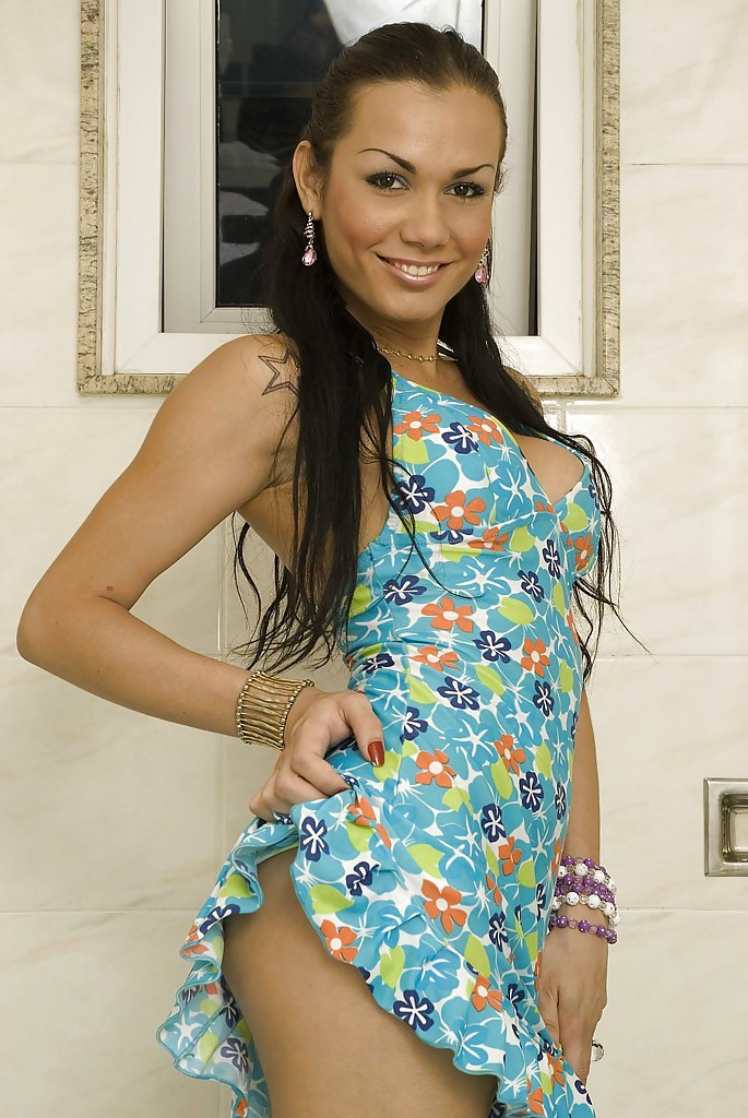Tattooed Latina Femboy Kalena Rios Strips Naked And Rub's Off Oiled Dick